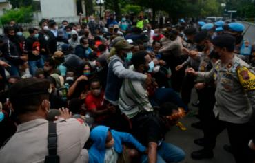 Kompolnas Minta Kapolri Revisi Telegram Pelarangan Media Menyiarkan Tindakan Polisi yang Libatkan Kekerasan