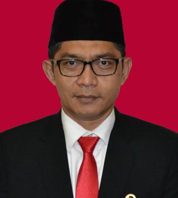 Yusuf Warsyim  S.Ag., M.H